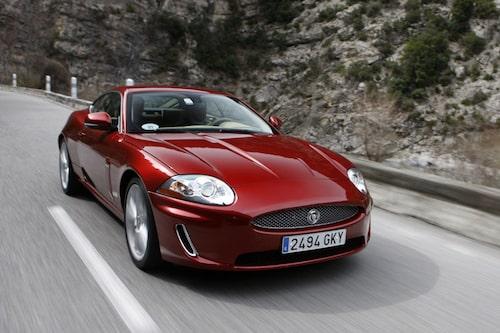 Jaguar XK Coupé i all ära...