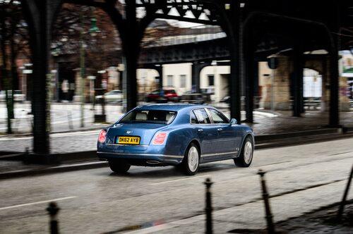 """Bye, bye Bentley. Mulsanne säljs i ett ytterst fåtal i Sverige, här anses """"lilla"""" Continental tillräcklig."""