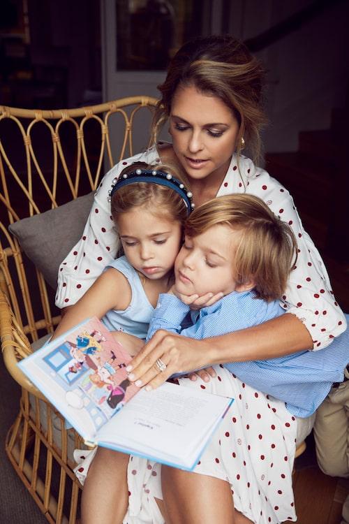 """Prinsessan Madeleine lanserade barnboken """"Stella och hemligheten"""" tidigare i år."""