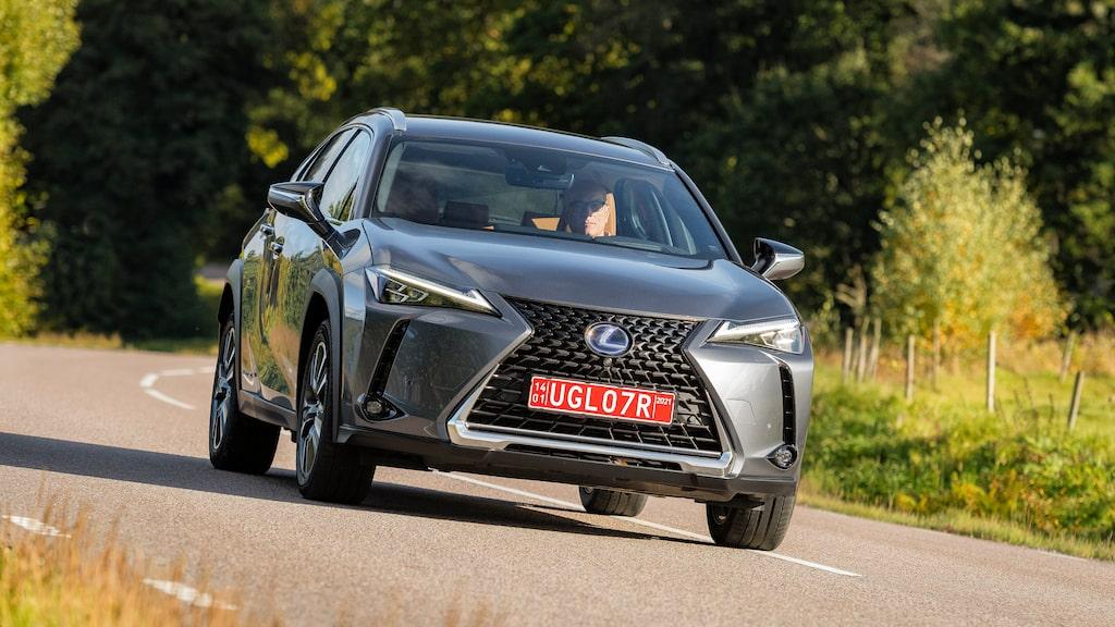 Lexus första elbil är vanliga UX försedd med elektrisk drivlina.