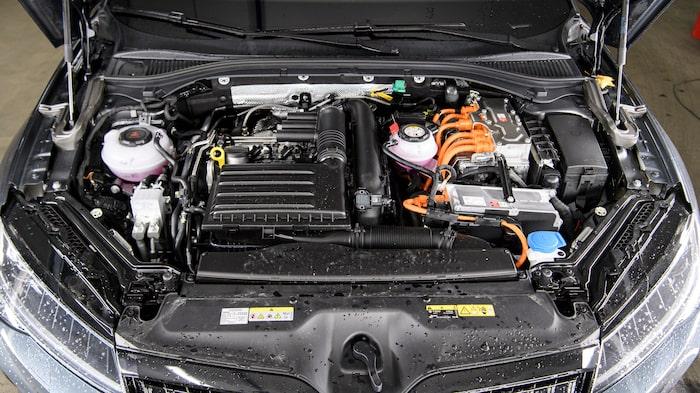 För moderna laddhybrider handlar det om att återvinna energi till batteripaketet.