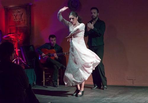Flamenco är en konstform som består av dans, sång och musik.