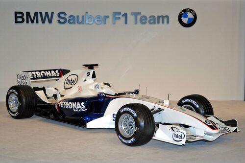 Så här såg det ut när bilen presenterades inför 2006 års säsong.
