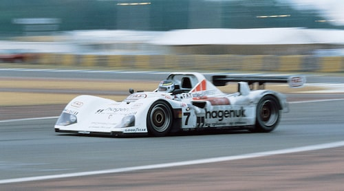 Tillsammans med Michele Alboreto och Tom Kristensen vann Stefan 24-timmarsloppet på Le Mans 1997. Foto: Porsche