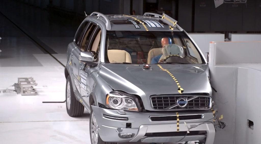 Volvo XC90 IIHS