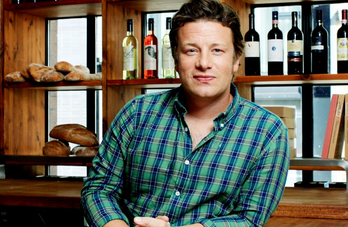 Jamie Oliver snackar pappaliv med mamas Niklas Sessler.
