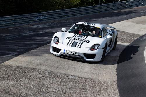 Porsche 918 Spyder, officiell bild.