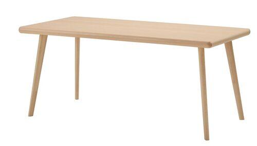 Det här bordet är Virgil Ablohs moderna tolkning av 50-talets skandinaviska modernism. Bok och björk.