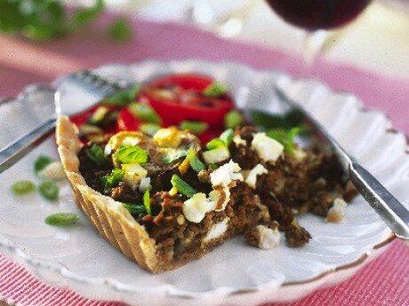 Köttfärspaj med aubergine och fetaost