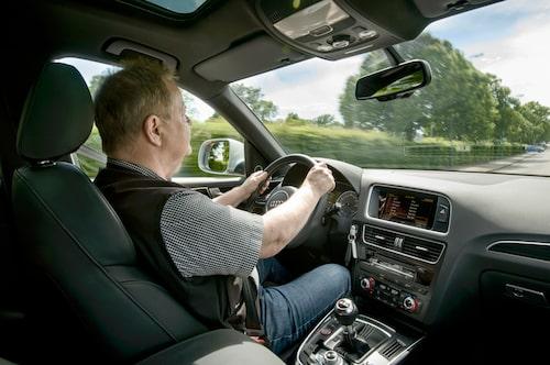 PeO Kjellström trivs i Audi SQ5 men tycker att den borde döpas om.