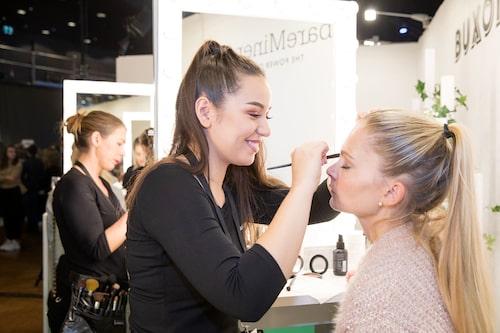 Gästerna kunde även få en liten touch up hos våra skönhetspartners – bland annat hos Buxom och Bare Minerals.