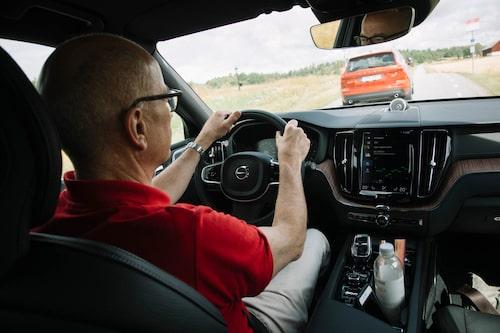 Mikael och Oskar bytte bil för att få så rättvis förbrukning som möjligt.