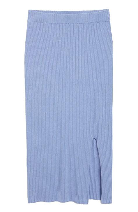 Stickad ljusblå skjol från Monki. Klicka på bilden och kom direkt till kjolen.
