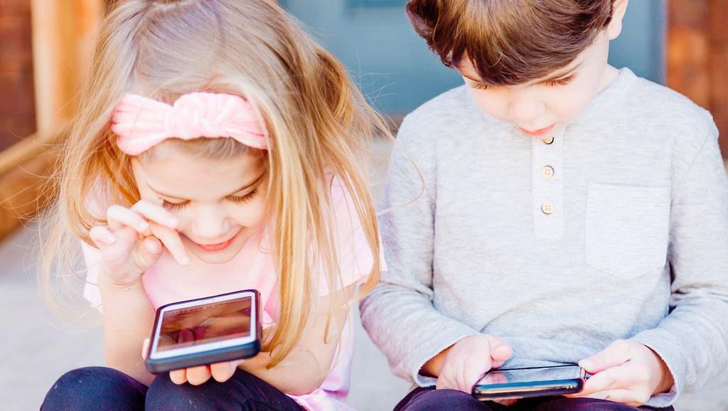 Rutiner, struktur och skärmar – ja, hur lägger man upp en corona-karantän med barn?