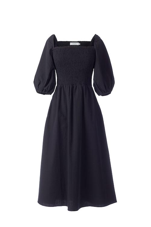 Svart klänning Maxime från Stylein.