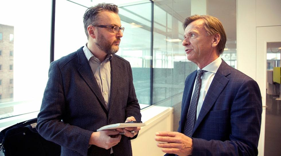 Hans Hedberg samtalar med Håkan Samuelsson