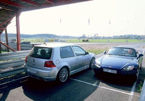 Volkswagen Golf R32 och Honda S2000
