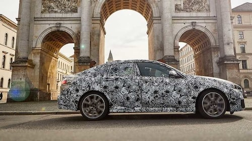 BMW 2-serie på sightseeing i Berlin.