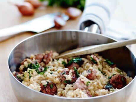 Recept på risotto con salsiccia.