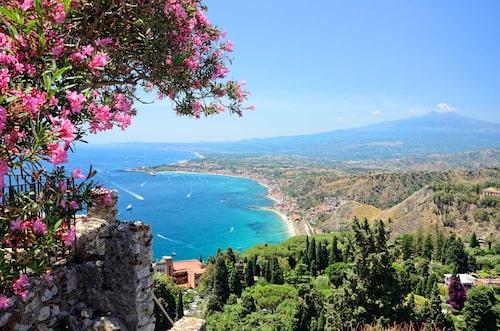 En av Siciliens mysigaste badorter.