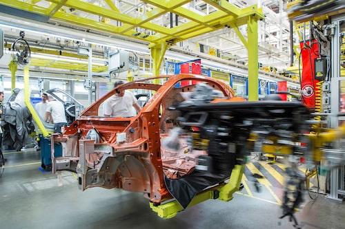 Fabriken i Hambach ställer om från Smart till Mercedes EQ.