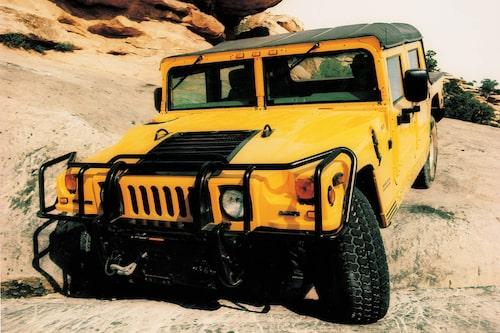 1992 kom den första civila versionen som nu döptes om till Hummer och la grunden till märket som fick leva i 18 år innan det lades ner helt 2010.