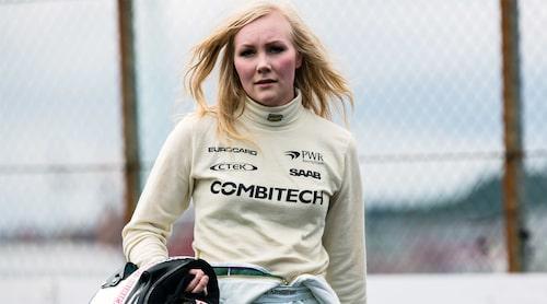Emma Kimiläinen startar i främsta led i morgondagens första race.