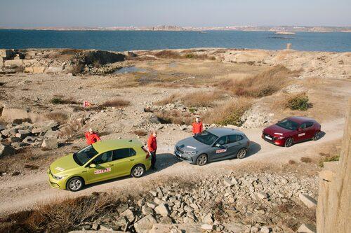 En trio nya golfklassare på rad. Volkswagen Golf, BMW 1-serie och Mazda 3.