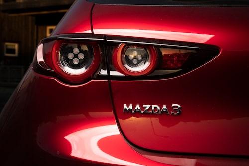Mazdans svällande former är förförande ur vissa vinklar. Får en golfklassare se ut så här?