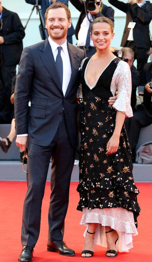 Alicia med Maken Michael Fassbender på röda mattan under filmfestivalen i Canne.s 2016.