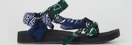 Sandalen Trekky från Arizona Love. Klicka på bilden och kom direkt till sandalerna.