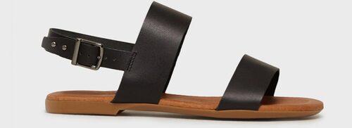 Remsandaler från Bianco i klassiskt utförande.  Klicka på bilden och kom direkt till sandalerna.