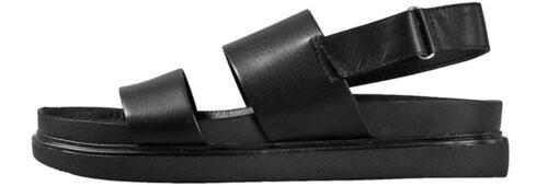 Sandaler i modellen Erin från Vagabond i bred modell. Klicka på bilden och kom direkt till sandalerna.