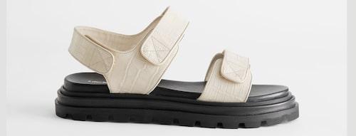 Sandaler 2021: fotriktiga sandaler för dam.