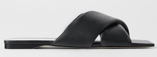 Sandaler från Zara i äkta läder. Klicka på bilden och kom direkt till sandalerna.