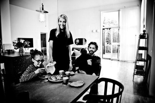 Familjen Svanfeldt består av Jouline, Ditte, Della och Jakob. Foto: Christian Gustavsson