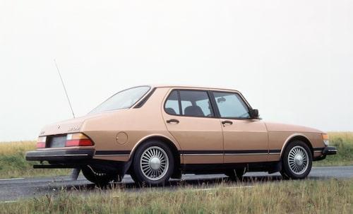 Saab 900 Sedan, 1980.
