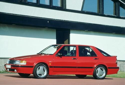 Saab 9000, 1984. Här en 9000 T16 Aero från 1991.