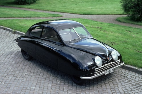 UrSaab, 1946. Detta år påbörjades arbetet med prototypen för Saab 92 (prototyp nummer 1 benämndes 92.001, prototyp nummer 2 92.002). Utprovningen inleddes i hemlighet.