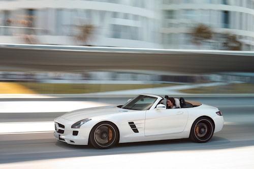 Föregångaren Mercedes SLS AMG Roadster.