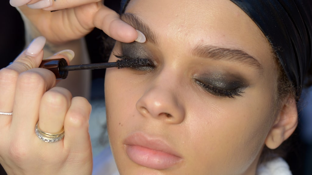 Korta, långa, smala eller tjocka fransar? Oroa dig inte, vi vet vilken mascara som passar just dina ögonfransar bäst.