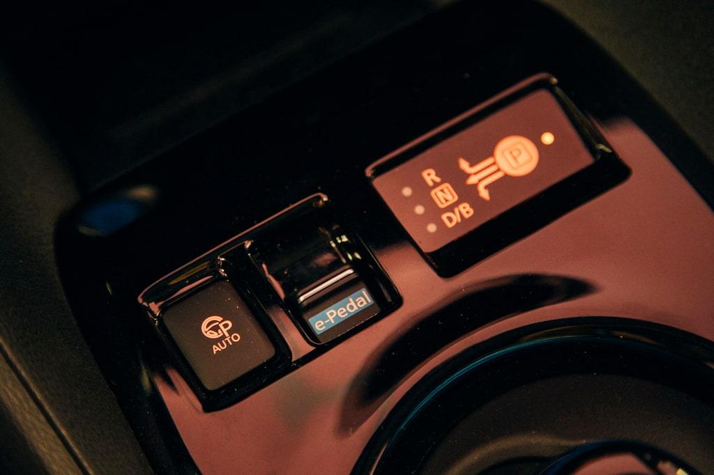 Att köra med e-Pedal kräver tillvänjning. Bromsåtergivningen blir enorm om du släpper upp för hårt.