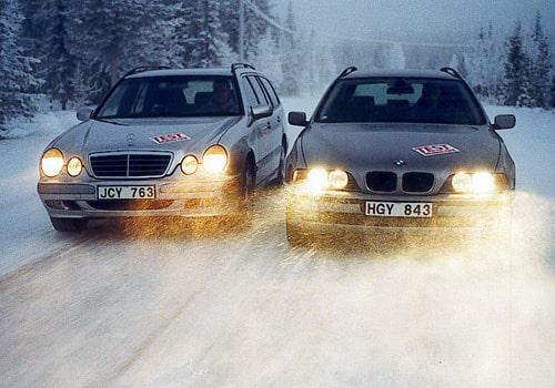 Mercedes E 270 CDI Kombi och BMW 530d Touring