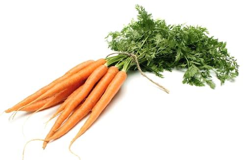 Testa att odla både tidiga och sena morotssorter, och odla i omgångar för att kunna skörda hela säsongen.