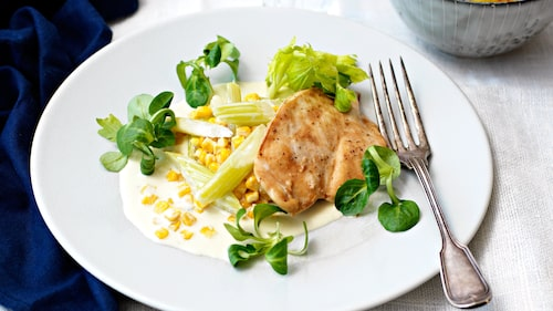 Recept på nordamerikansk majsgryta med kyckling.