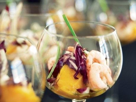 Miniräkcocktail med lagerblads- och rotfruktscrème