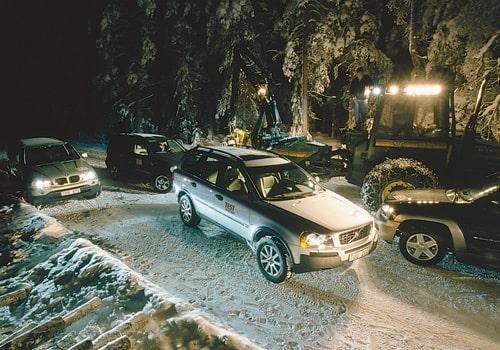Volvo XC90. Jämförs mot BMW X5, Mercedes ML 320 och Chevrolet TrailBlazer