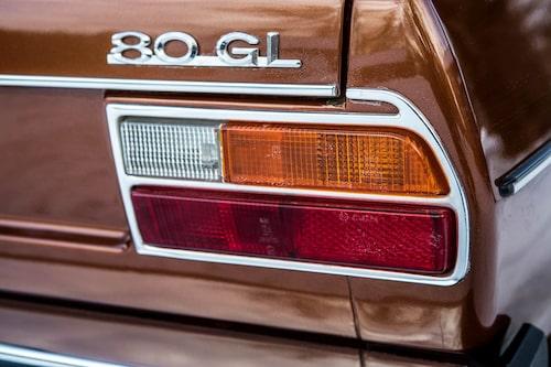 Audi 80 B1, som den första generationen kallas, lämnade fabriken för första gången 1972. Den ersatte då F103 – Audis första modell efter andra världskriget.