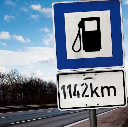 ...och kommer hela 114,2 mil innan det är dags att rulla in på en bensinstation igen. Dock handlar det om diesel i den här bilen. Fast... siffrorna är Opels, verkligheten är inte riktigt lika ljus.
