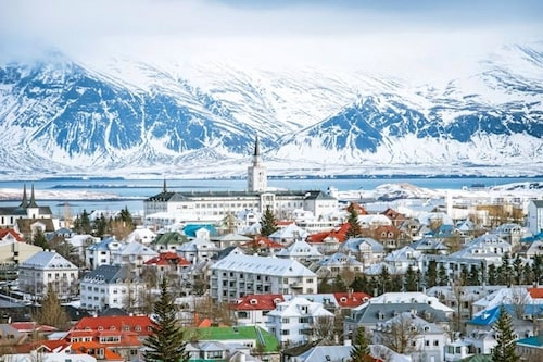 Låt er hänföras av den vackra naturen som omger Reykjavik.